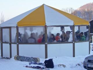 Partyschirm von außen